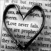 corazon-biblia-amor-no-falla