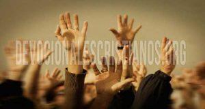 levantar-manos-sin-iras-contiendas