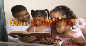 familia cristiana primer biblia.jpg