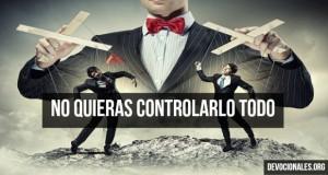 controlarlo-todo-biblia-cristianos