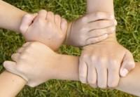 Unida manos juntas