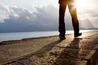 orando y caminando