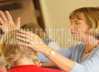 Pastora Cristiana Ministrando